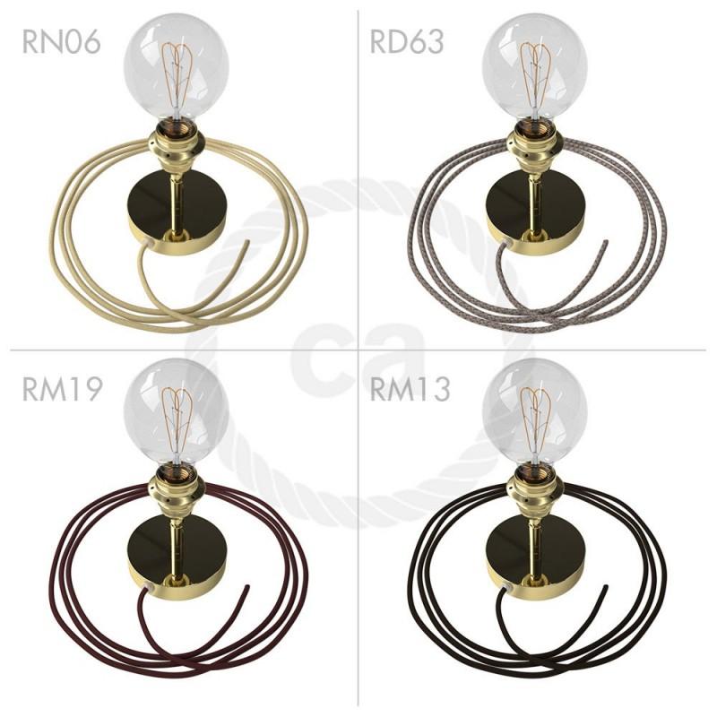 Spostaluce Metallo 90°, medeninasto svetilo z grlom E27 z navojnima obročkoma, tekstilnim kablom in dvema stranskima izhodoma
