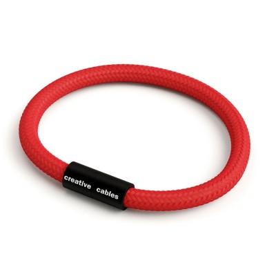 Zapestnica z mat črno magnetno zaponko in kablom RM09