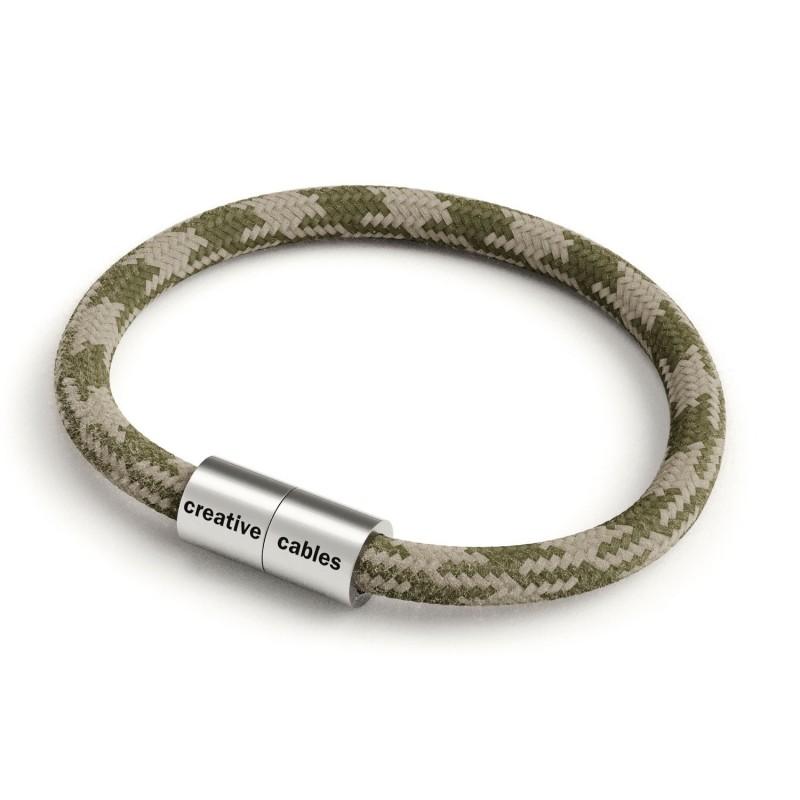 Zapestnica z mat srebrno magnetno zaponko in kablom RP30