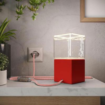 Posaluce Cubetto Color, barvano leseno namizno svetilo s tekstilnim kablom, stikalom in vtikačem
